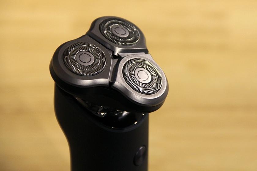 ریش تراش سه تیغ Electric shaver Xiaomi Mijia